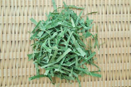 柿の葉茶 カット2